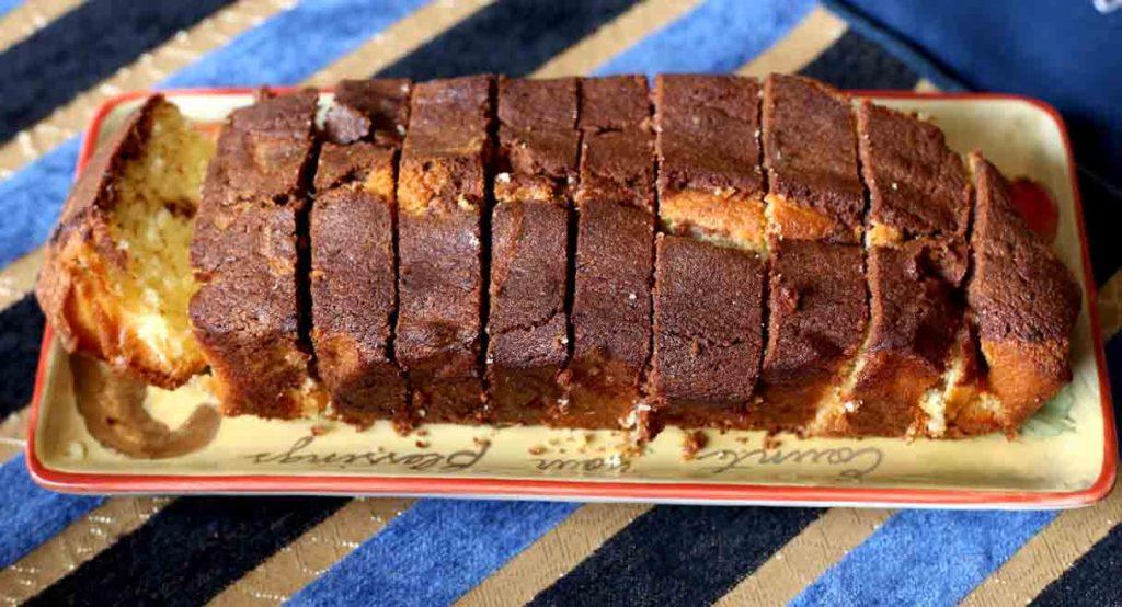 easy-marble-cake-sliced